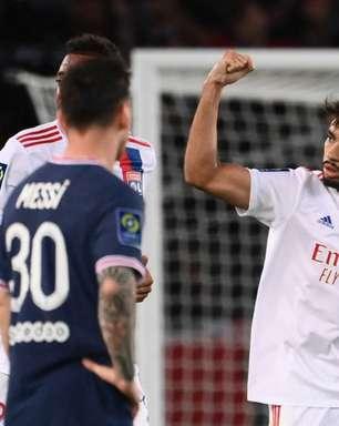 Thierry Henry elogia atuação de Lucas Paquetá, do Lyon, contra o PSG e diz: 'O melhor em campo'