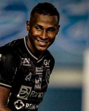 Fundamental na classificação, Robinho festeja primeiro gol pelo Paysandu