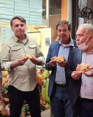 Bolsonaro é proibido de entrar em restaurante e come na rua
