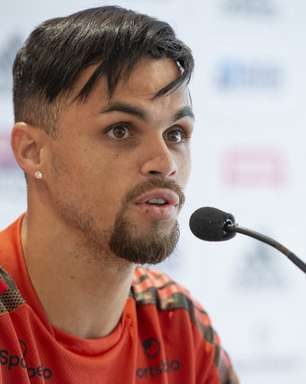 Torcedor do Flamengo que sofreu com complicações da Covid-19 se emociona em conversa com Michael