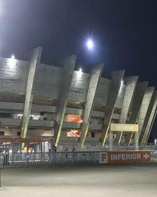 Torcida do Atlético-MG esgota ingressos para jogo de volta