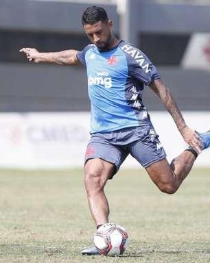 Sem atuar desde julho, Michel pode passar por artroscopia e não jogar mais pelo Vasco