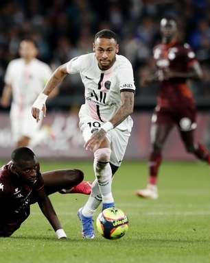 Com Neymar titular, PSG vence Metz em jogo dramático