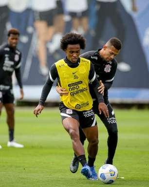 Treino tático marca preparação do Corinthians para clássico contra o Palmeiras