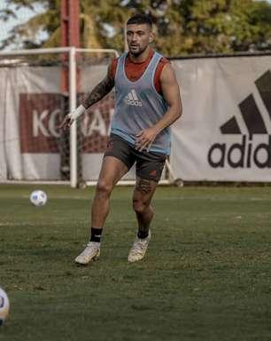 Flamengo: Arrascaeta e Filipe Luís realizam treino com bola no Ninho do Urubu