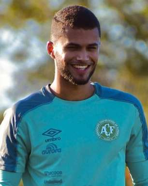Inscrito no Brasileirão, zagueiro João Cesco celebra chance na Chapecoense
