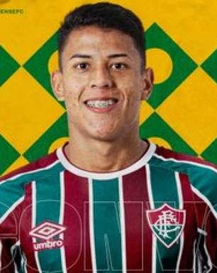 Matheus Martins e Alexsander, do Fluminense, comemoram convocações para Seleção sub-18