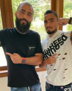 Irmão de Rafael relata ansiedade com estreia do lateral no Botafogo e confia: 'Com certeza ele vai entrar'
