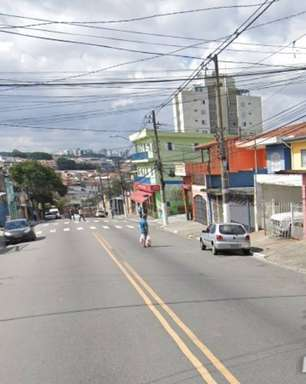 Ataque a tiros deixa três jovens mortos na Rua Alba