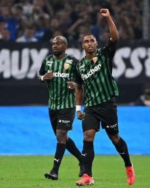 Lens vence, quebra invencibilidade do Olympique de Marseille e assume segunda colocação da Ligue 1