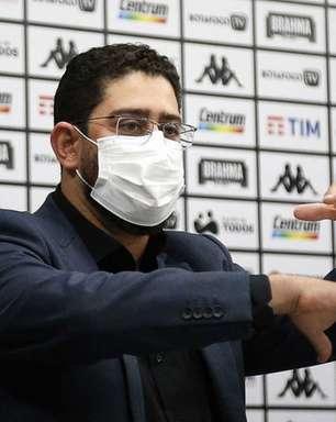 Marca de preservativos interage com Botafogo na web, e diretor responde: 'Vamos conversar no direct?'