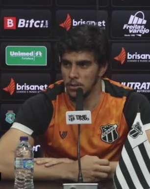 """CEARÁ: Richard destaca evolução no trabalho aplicado por Tiago Nunes: """"Trouxe soluções ofensivas e solidez defensiva"""""""