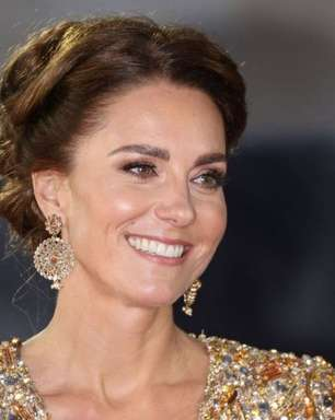 Bond Girl? Kate Middleton usa look explosivo para ver James Bond