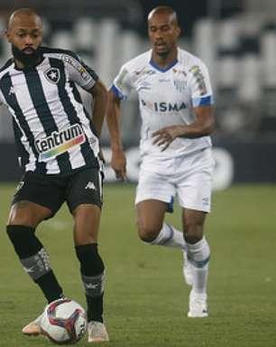 Destaque do Botafogo na Série B, Chay está há oito partidas sem fazer gols no campeonato