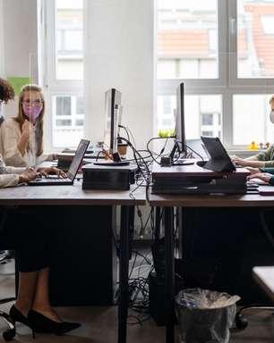 Bye bye home, hello office: como encarar o retorno ao escritório sem traumas