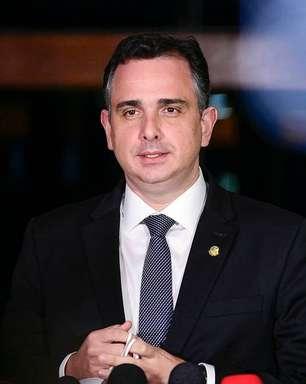 """Aclamado como candidato, Pacheco diz que fará """"reflexão"""""""