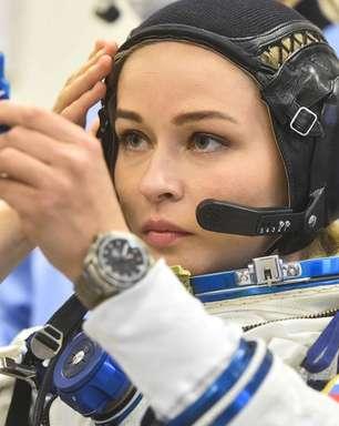 Atriz russa decola para gravar 1º filme feito no espaço