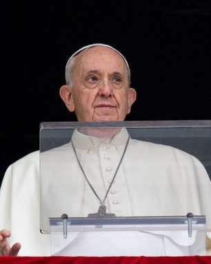 """""""Aborto é homicídio, não é lícito ser cúmplice"""", diz Papa"""