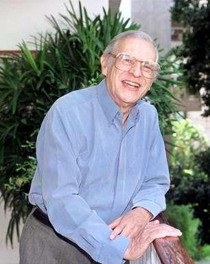 Morre Ivo Barroso, poeta e tradutor, aos 91 anos