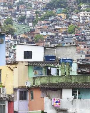 Brasil volta a registrar inflação de dois dígitos