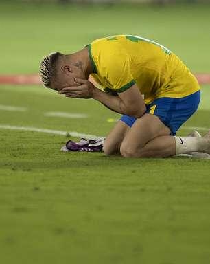 """""""Dia especial"""", diz Antony após marcar gol na estreia"""