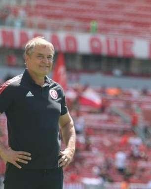 Para Aguirre, volta do público foi determinante para bom desempenho da equipe contra a Chape