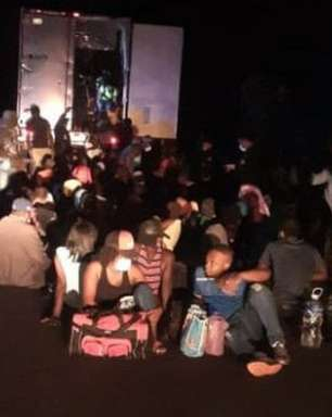 Imigrantes são encontrados em contêiner abandonado na beira de uma rodovia na Guatemala