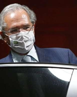 """""""Estamos simplificando tudo"""", diz Guedes sobre reformas"""