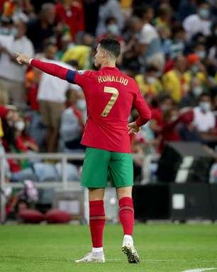 CR7 faz 3, Portugal goleia Luxemburgo e lidera grupo