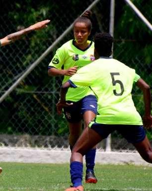 Joelma celebra primeiro gol com a camisa do Fluminense no Carioca Feminino: 'Fazer muitos mais'