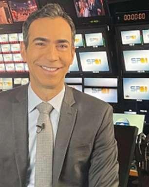 Como Tralli se tornou o 2º âncora mais poderoso da Globo