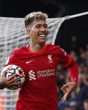 Firmino marca três vezes em goleada do Liverpool pelo Inglês