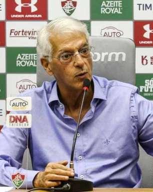 Celso Barros revela bastidores de transferências do Fluminense e critica Mário: 'Virou um rei'