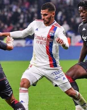 Paquetá entra no segundo tempo, Lyon vence o Monaco e se reabilita no Campeonato Francês