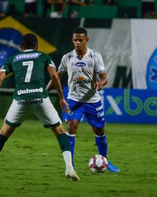 Goiás vence CSA e continua no G4 da Série B