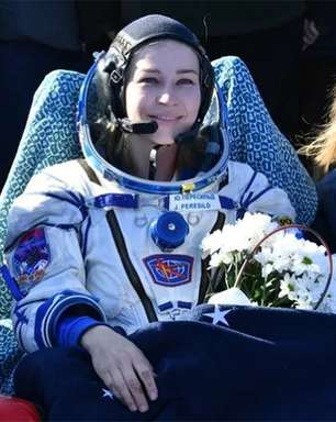 Equipe russa volta à Terra após filmar primeiro longa no espaço