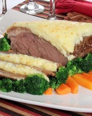 Picanha com crosta de queijo para um almoço incrível