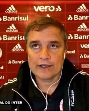 """INTERNACIONAL: Aguirre avalia derrota para o Palmeiras, vê equipe jogando bem e aponta pênalti de Edenílson como 'determinante': """"Em um minuto mudou tudo"""""""