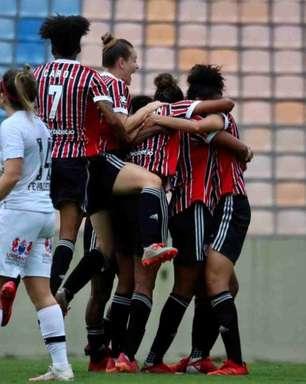 Com gol no fim, São Paulo vence o Santos e sai em vantagem na semifinal do Paulista Feminino