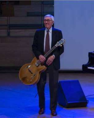 Aos 95 anos de idade, morre músico italiano Franco Cerri