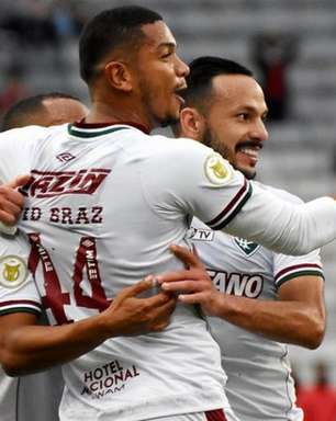 David Braz vai bem e amplia disputa por vaga no Fluminense em briga por Libertadores