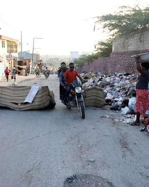 Haitianos protestam contra onda de sequestros; FBI irá ajudar a encontrar missionários