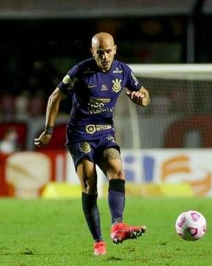 Fábio Santos lamenta início do Corinthians no clássico e já projeta 'confronto direto' com o Inter