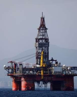 Unipec da China fornece petróleo para refinarias privadas sob investigação fiscal, dizem fontes