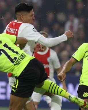 Com gol de Antony, Ajax atropela o Borussia Dortmund e fica perto de vaga nas oitavas da Champions