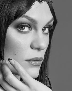 Jessie J revela diagnóstico de problema que a impede de cantar
