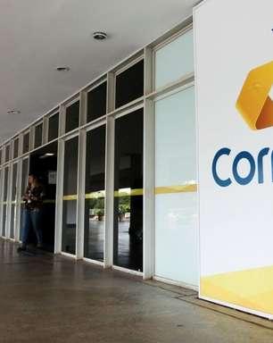 """Correios: ministro diz que sem privatização, resta apenas o """"osso"""""""