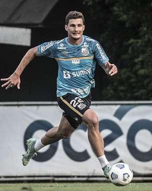 Danilo Boza avalia sequência do Santos na Vila e convoca a torcida
