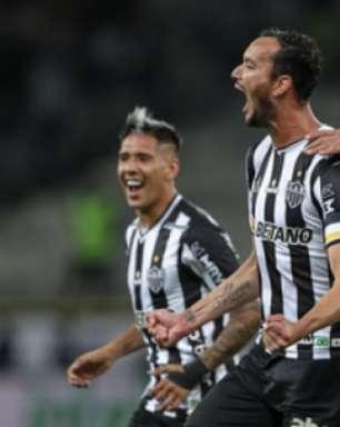 'Vencemos a equipe sensação da temporada', comenta Cuca ao falar de goleada sobre o Fortaleza
