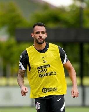 Com retornos de Renato Augusto e Giuliano, Corinthians faz primeiro treino tático para jogo contra o Inter